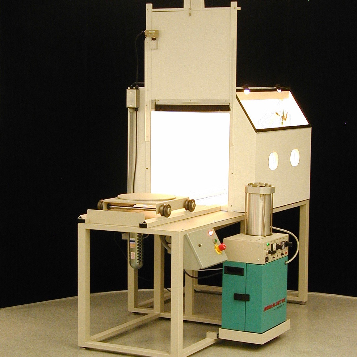 CMAB Automated Micro Sand Blasting System with XV-1 SWAM Blaster