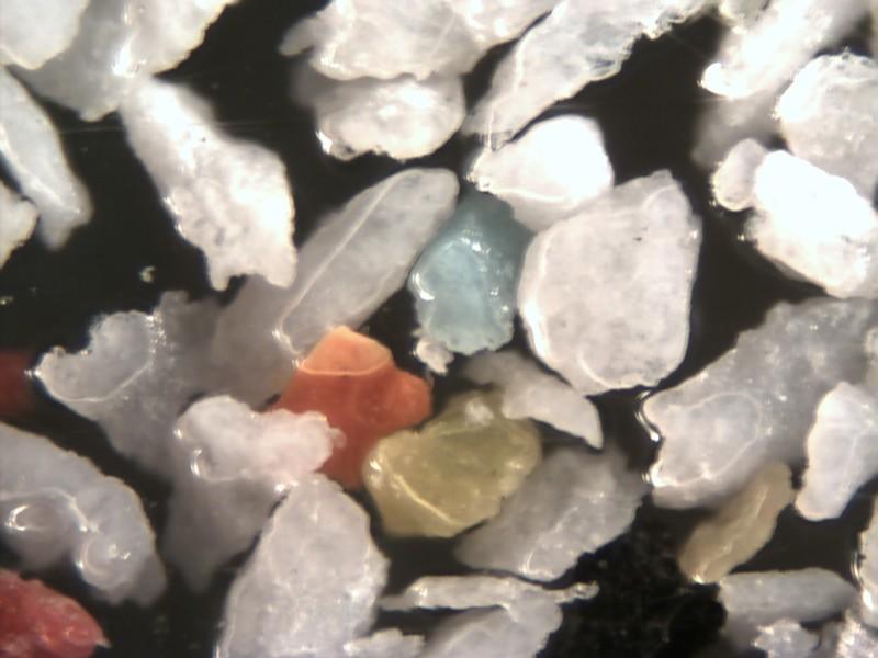 Microscope Picture of Plastic Blast Abrasive Powder Magnification